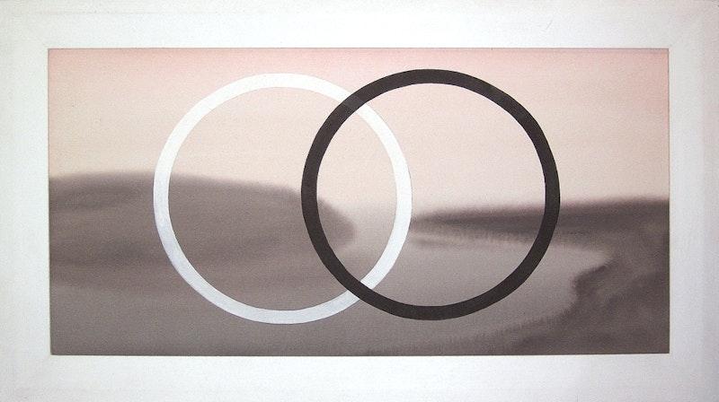 (Black & White Line) Sightlines Image 2