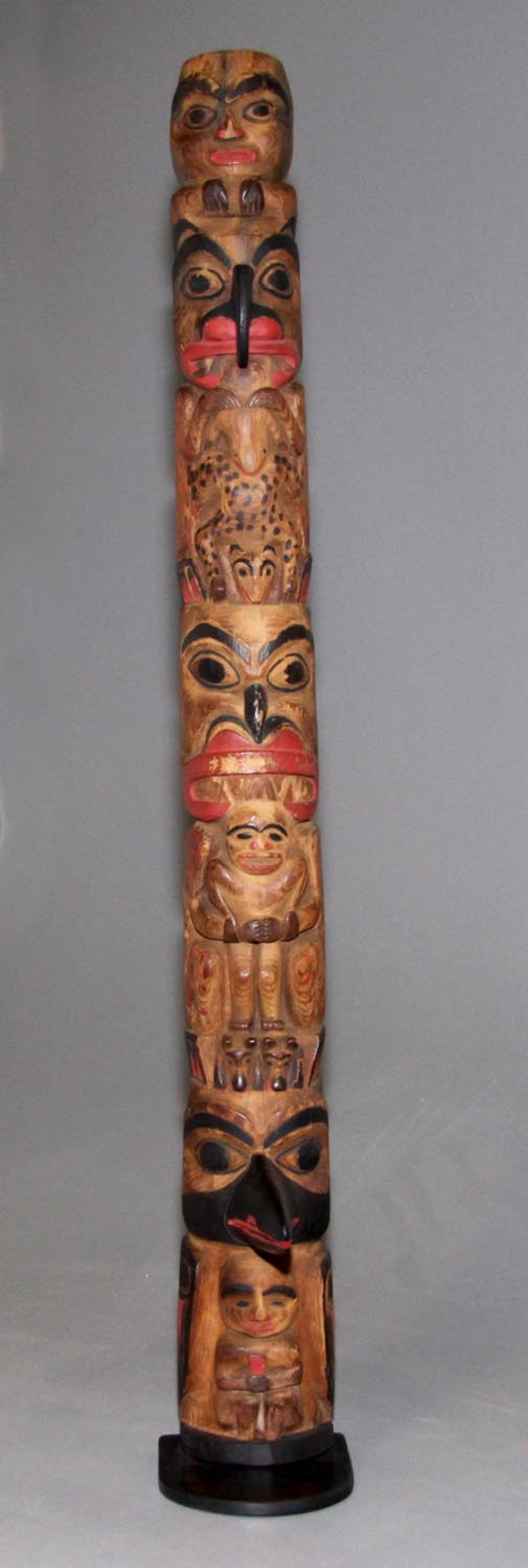 Haida Hollowback Totem Image 2