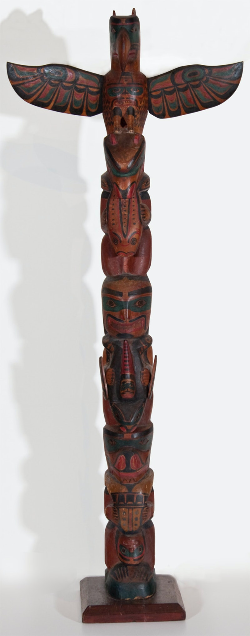 Alert Bay Totem Image 2