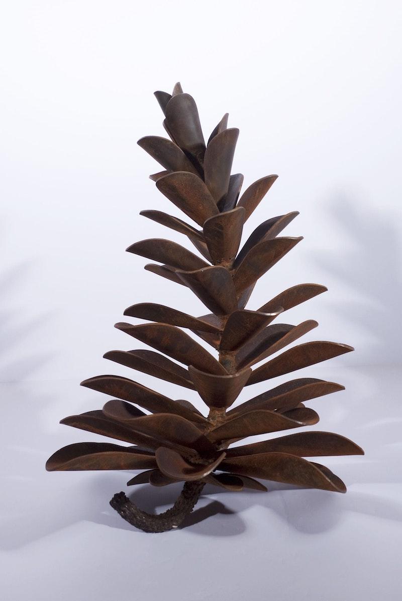 Pinecone #16-082 Image 1