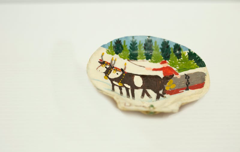Clam Shell 4-Two oxen sleigh Image 2