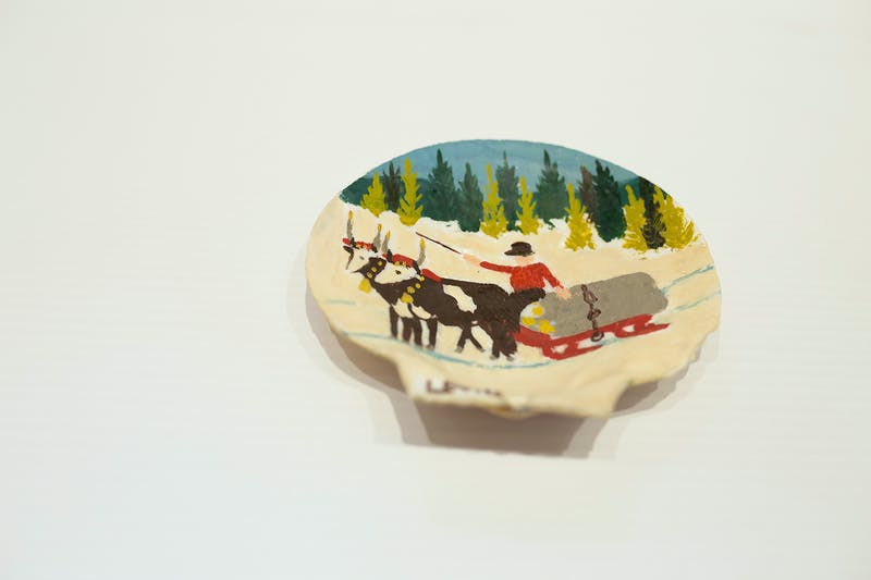 Clam Shell 1-Two oxen and sleigh Image 2