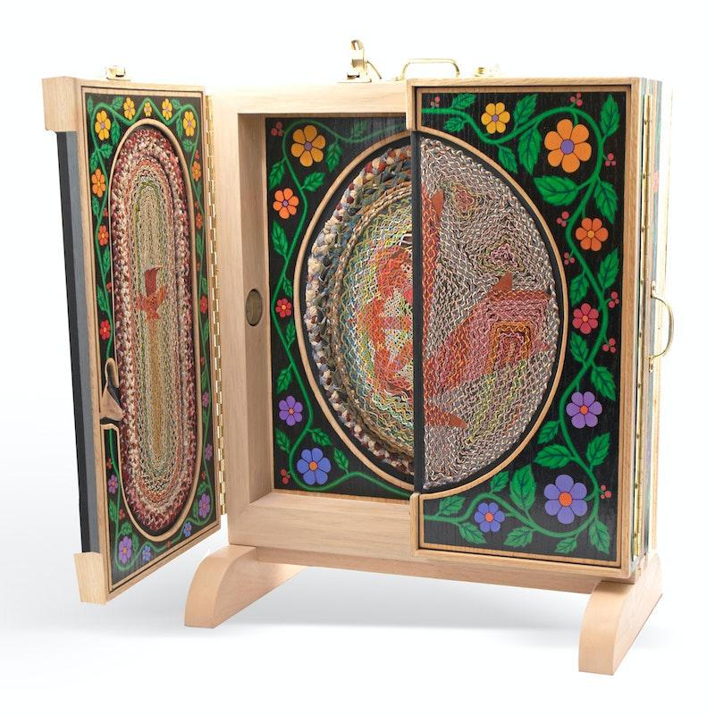 Canada Rug Box Image 2