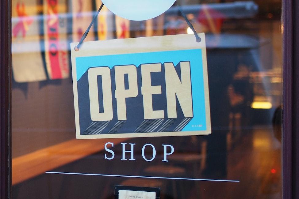 E-Commerce open Image